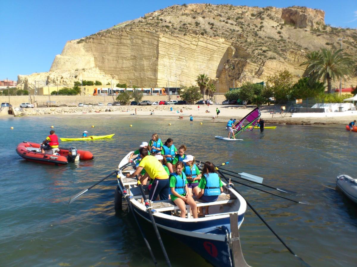 Actividades náuticas en las playas de Alicante