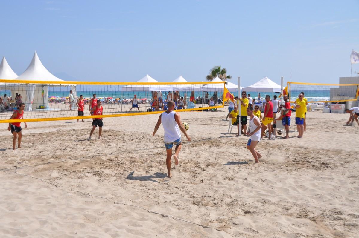 Deporte en las playas de Alicante