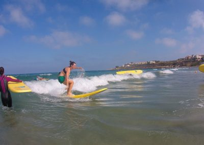 Surf en Playa de San Juan. Foto cedida por Aloha Esports