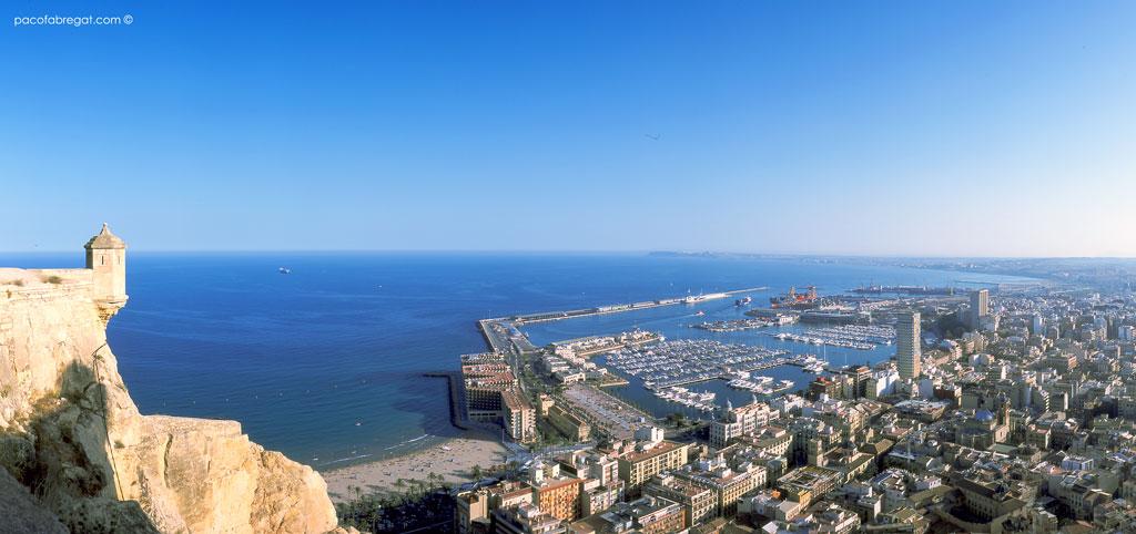 Alicante Turismo y Renfe firman un convenio para promocionar Alicante como destino de turismo de congresos