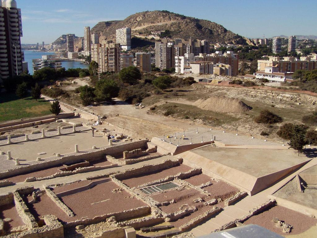 Visitas guiadas nocturnas a los orígenes de Alicante