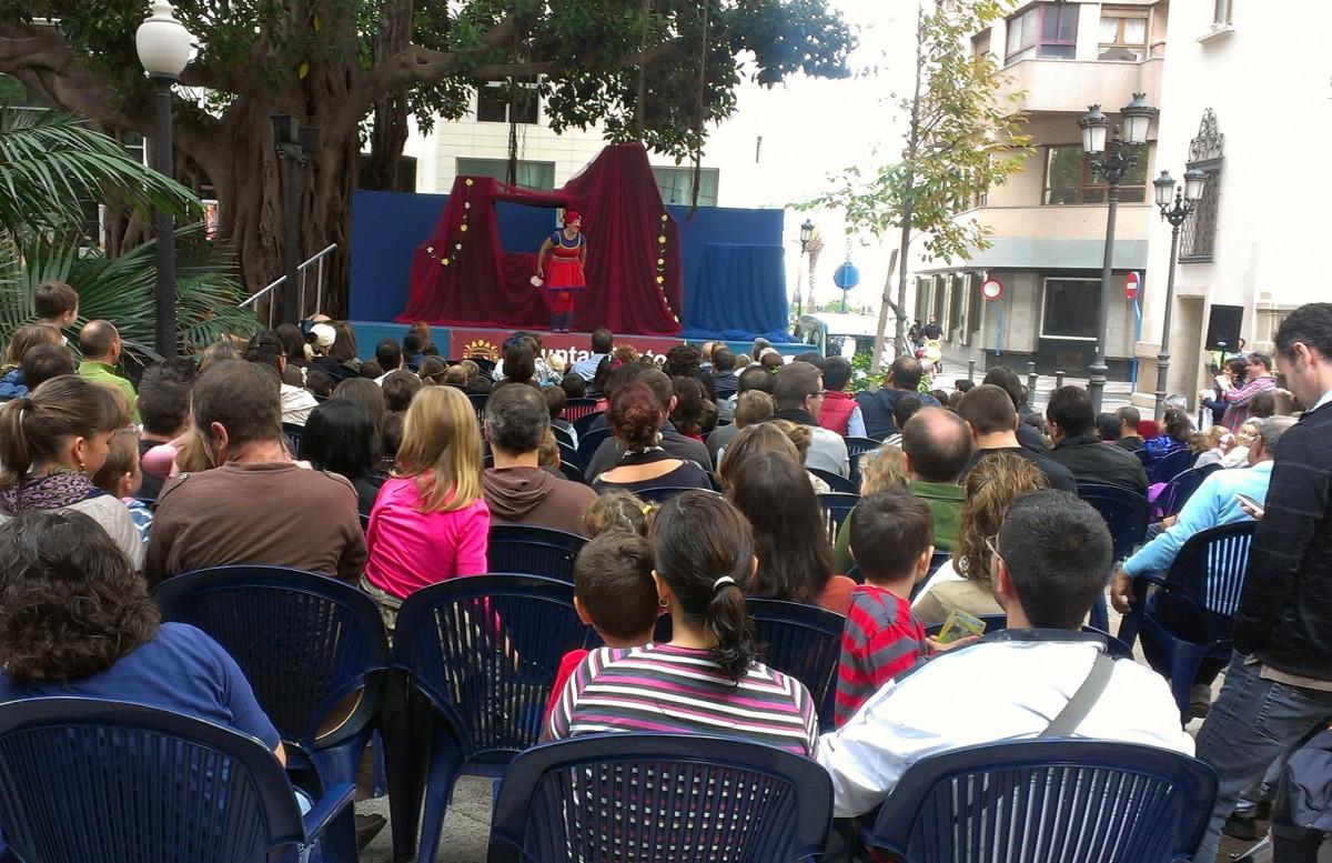 Ciclo de Teatro Familiar los domingos en la Plaza de Gabriel Miró