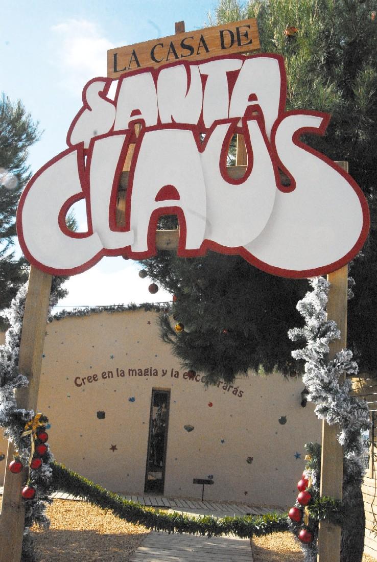 La Casa de Santa Claus vuelve a iluminar el  Parque de la Ereta estas Navidades. 2015