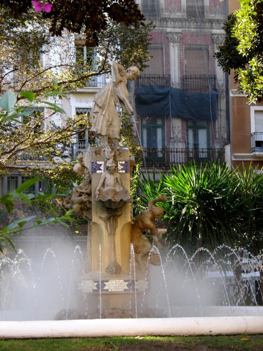 plaza gabriel miro 4