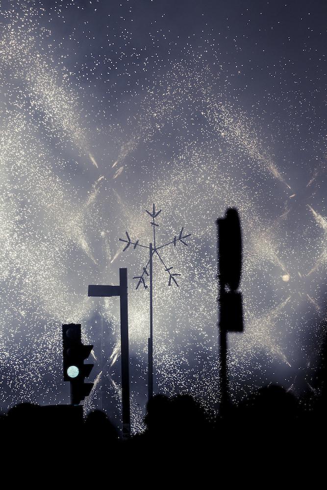 Mascletá nocturna. Autor Borja López