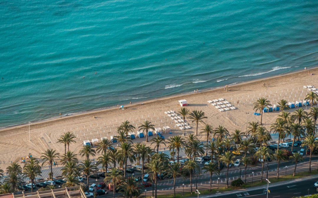 Banderas azules para las playas de San Juan, Albufereta, Postiguet y Saladar-Urbanova en la edición 2016/2017
