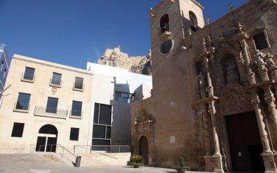 Ein Spaziergang Durch die Altstadt von Alicante